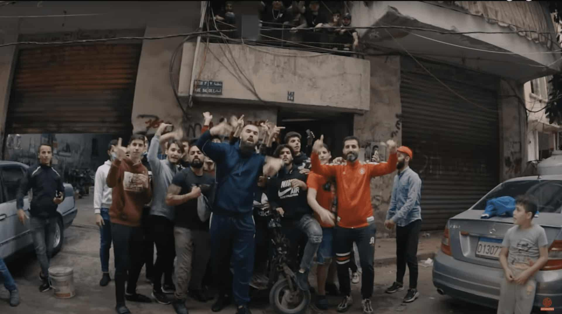 187 STRASSENBANDE OUTFIT – PARADIES